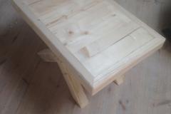 Jääkidest tehtud tool